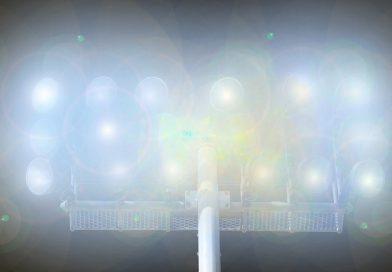 Oświetlenie boiska